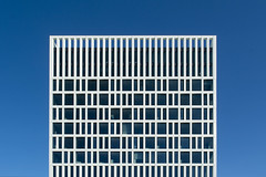 Eurojust II (Jan van der Wolf) Tags: map190265vv eurojust gevel gebouw geometric geometry geometrisch geometrie architecture architectuur denhaag lines lijnen lijnenspel interplayoflines playoflines