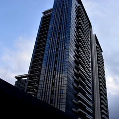 Marriott Taipei (earthdog) Tags: 2018 nikon nikond5600 d5600 18300mmf3563 hotel marriott travel taipei taiwan businesstravel sky building skyscraper cloud window architecture line