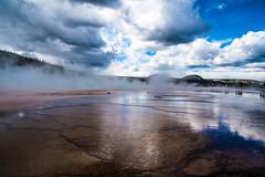 Geyser in Yellowstone National Park (potto1982) Tags: 2018 vereinigtestaatenvonamerika usa usaroundtrip nikon unitedstatesofamerica ereignisse america amerika sigma trip yellowstonenationalpark yellowstone d810 unitedstates nikond810