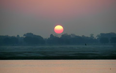 varanasi sunrise (3) (kexi) Tags: varanasi benares india asia sunrise dawn horizon sun red water river ganga ganges holy morning samsung wb690 february 2017 wallpaper