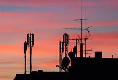 sunset-now (elmar theurer) Tags: energie energy powerpole electric tower linien kabel himmel turm oberleitung sundown silhouette schattenriss sky karlsruhe antenne radar sendung transfer sonnenuntergang