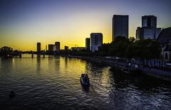 Frankfurt0494 (schulzharri) Tags: frankfurt deutschland germany europa europe flus river water wasser city stadt hessen schiff boat vessel ship