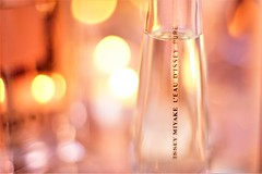 Pure. (Nathalie_Désirée) Tags: isseymiyake liquidasset perfume cosmetics ritual relax relaxing contemplation hedonic liquid bokeh extremebokeh brand luxury glass flacon sonyalpha7rii canon50mm f14 manualfocus closeup macro soft color colors colour colours harmony nice happy eaudisseypure translucent sonyamo bright heaven heavenly beautytools beautycase eaudetoilette detail magic everyday simple