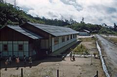BD_171_572b (Stichting Papua Erfgoed) Tags: sorong stichtingpapuaerfgoed papuaheritagefoundation nederlandsnieuwguinea papua irianjaya irianbarat anthonyvankampen