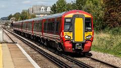 387218 (JOHN BRACE) Tags: 2015 bombardier derby built class 387 electrostar emu 387218 seen horley station gatwick express livery