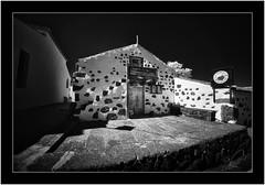 La Tahona, Las Tricias, La Palma, Voightlander 10mm/5.6 infrared (Bartonio) Tags: 720nm architecture bw blanconegro cameras canaryislands garafía infrared ir islascanarias lapalma lastricias modified monochrome sonya7ir voightlander10mm56
