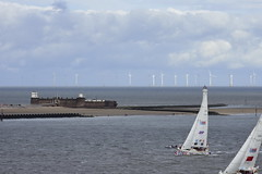 20180828 Liverpool - UK (MANOLOSK) Tags: liverpool uk rock perch lighthouse perchrocklighthouse newbrightonlighthouse clipper roundtheworld yacht race mersey river molinos eólicos generadores
