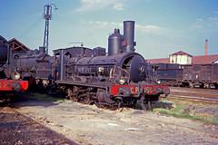 CP 156, Devêzas (Gaia), Portugal, 1964 (filhodaCP) Tags: comboioavapor maquinaavapor steamlocomotive cp comboiosdeportugal broadgauge carvão ferroviário museuferroviário caminhodeferro locomotiva