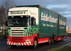 M425 PX06 CMZ 'Macey Lily' (Cumberland Patriot) Tags: esl eddie stobart ltd logistics transport stoorage group freight carlisle kingstown cumbria scania r440 top line topline px06cmz m425 macey lily draw bar drag road train truck wagon green curtain side derv diesel engine vehicle