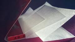 Plegado / creased. (Marina Is) Tags: wrinkled crinkled foldedorcreased doblado plegado macrofoto paper papel papeldefumar rollingpaper papeldearroz papelplegado macromondays hmm