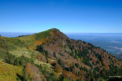 La cabane du vacher (jpto_55) Tags: montagne pyrénées leplanas cabane cabaneduvacher montsdolmes paysage xt20 fuji fujifilm fujixf1855mmf284r ariège france automne