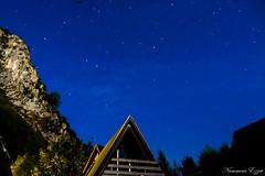 Pleine lune et ciel étoilé (Ezzo33) Tags: france nouvelleaquitaine pyrénéesatlantiques laruns vallée ossau ezzo33 nammour ezzat sony rx10m3 lune étoile étoiles nuit montagne lumières nocturnes