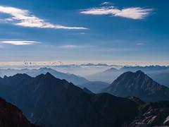 Blick in das Wettersteingebirge (achim-51) Tags: landschaft berge himmel wettersteingebirge blau wolken clouds panasonic lumix dmcg5 bayern de germany