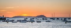 Cíes Islands (Ignacio Ferre) Tags: sunset puestadesol galicia spain españa panorama landscape paisaje islascíes cíesislands nikon atlanticocean océanoatlántico boats barcos sea mar océano riasbaixas ríasbajas