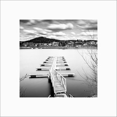 Schluchsee #1 (Guillaume et Anne) Tags: allemagne schluchsee schwarzwald lac canon 6d 24105f4lis 24105 24105f4 noiretblanc bw filtre filters leefilters lee poselongue longexposure gnd09 big stopper