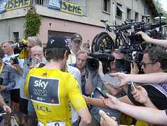 Bourg d'Oisans (Papparazziful) Tags: alpe dhuez tour de france 2018 bourg doisans team sky geraint thomas