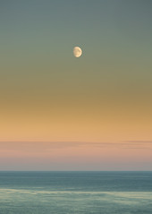 Moon (JamboEastbourne) Tags: head moonrise east sussex national park england beachy sea south downs