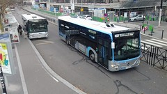 (Groupe RATP) Cars Perrier réseau SQYBUS Heuliez GX 327 BD-687-VJ (78) n° 14810 & (Aca) Savac Mercedes Citaro C2 EZ-428-VN (78) (couvrat.sylvain) Tags: aca savac mercedes citaro c2 o 530 o530 bus autobus montigny le bretonneux sqybus mercedesbenz groupe ratp cars perrier heuliezbus heuliez gx 327 gx327 trappes