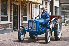 Fordson Dexta (4692) (Le Photiste) Tags: clay fordsondexta fordofbritainfordukdivisionattheforddagenhamassemblyplanthomeoffordsontractors simplyblue tractor tracktor tracteur oldtimertractor britishtractor oddvehicle oddtransport rarevehicle franekerthenetherlands thenetherlands afeastformyeyes aphotographersview autofocus artisticimpressions alltypesoftransport anticando blinkagain beautifulcapture bestpeople'schoice bloodsweatandgear gearheads creativeimpuls cazadoresdeimágenes canonflickraward digifotopro damncoolphotographers digitalcreations django'smaster friendsforever finegold fairplay greatphotographers groupecharlie peacetookovermyheart hairygitselite ineffable infinitexposure iqimagequality interesting inmyeyes livingwithmultiplesclerosisms lovelyflickr myfriendspictures mastersofcreativephotography niceasitgets photographers prophoto photographicworld planetearthbackintheday planetearthtransport photomix soe simplysuperb slowride showcaseimages simplythebest simplybecause thebestshot thepitstopshop themachines transportofallkinds theredgroup thelooklevel1red mostrelevant mostinteresting vividstriking wow wheelsanythingthatrolls worldofdetails yourbestoftoday perfectview