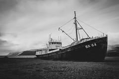 Garðar (Christoph Wenzel) Tags: urbex boot tamron18200mmf3563vc sonyalpha6000 urlaub wasser island landschaft natur herbst vesturbyggð vestfirðir is