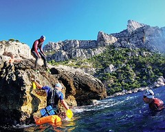 🏊‍♀️ 🏃 🌊 Landing to the island « le torpilleur » where we're gonna train to jump in the water at some height⛰️ . . #sports #actionsport #start #swimming #trailrunning #sea #training #liveoutdoors #outdoors #torpilleur #ledge #ridge #c (akunamatata) Tags: ifttt instagram swimrun outdoor trailrunning swimming