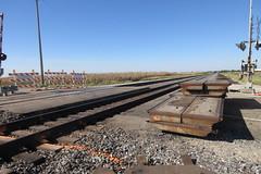 IMG_3684 doesn't look too serious (kurtsj00) Tags: bnsf railroad crossing edelstein illinois