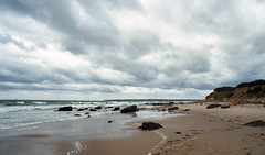 Beach near the Clay Head Trail (neilsonabeel) Tags: nikonfe2 nikon film analogue blockisland rhodeisland beach ocean