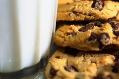 Macro Mondays: Perfect Match (Lyn_roc) Tags: macromondays perfect match milk cookies chocolate chip glass food macro snack yummy nikon d3200 sweet chocolatechipcookies