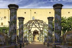 Cloître basilique Santa Chiara (nietsab) Tags: bleu