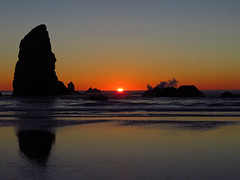 Sunset at Pacific Ocean in OR (Landscapes in The West) Tags: sunset cannonbeach pacificocean oregon ocean pacificnorthwest west