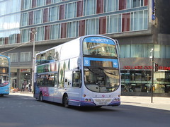 First Scotland 37742 SF09 LDO on 75, Oswald St, Glagsow (sambuses) Tags: firstscotland 37742 sf09ldo simplicity