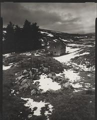 Egglesstone Barn (Graham1981) Tags: agfaportrigarapid agfa fotospeedwt10 landscape teesdale pennines snow winter largeformat expiredpaper