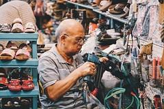 (daniel76308) Tags: 85mm sony street working oldman
