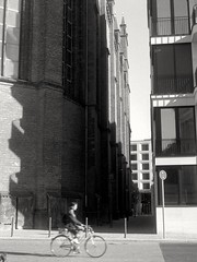Crossing Periods (ucn) Tags: weltaweltax agfacopexrapid berlin mitte friedrichswerderschekirche tessar75mmf35 street filmdev:recipe=11958 adoxadoluxatm49 developer:brand=adox developer:name=adoxadoluxatm49