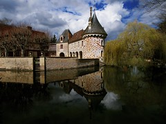 The castle normand (dubus regis) Tags: château normand normandie eau water reflets reflection saulepleureur clouds nuages france manoir olympus calvados saintgermaindulivet
