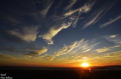 Normality has lost it's place (Ismael Owen Sullivan) Tags: landscape horizont horizonte clouds nubes sky azul foto fotografia galicia arousa d5300 digital photography españa travel europa europe paisaje spain atardecer sun sunset sunshine