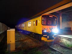 950001 Falmouth Docks (Marky7890) Tags: networkrail 950001 falmouthdocks maritimeline cornwall train night sprinter class950 2q08