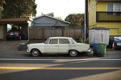 Mercedes-Benz (Curtis Gregory Perry) Tags: mercedes benz 220 1965 1966 1967 old car sedan pix nikon d810 portland oregon sellwood automóvil coche carro vehículo مركبة veículo fahrzeug automobil