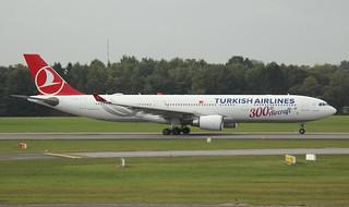 Turkish Airlines, TC-LNC, MSN 1696, Airbus A 330-303, 23.09.2018,  HAM-EDDH, Hamburg (Named: Refahiye & 300th Aircraft livery)