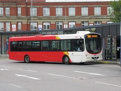 Rosso 1602 (YN05GXU) 07082018 (Rossendalian2013) Tags: transdevblazefield transdev rosso rossendaletransport bus bury interchange scania wright solar l94ub yn05gxu readingbuses