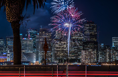2018 fleet week fireworks 14 (pbo31) Tags: sanfrancisco california nikon d810 color city urban october 2018 boury pbo31 fall night black dark fireworks show fleetweek treasureisland lightstream motion traffic skyline ferrybuilding red