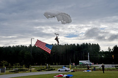 BGZ_1941 (Visual Information Specialist) Tags: fayettvillehcc skydive all veterans group fayetteville
