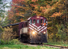 Fall Colour Train Ride (Rainfire Photography) Tags: ontario stjacobs elmira train autumn fall journey trip nikon d7200