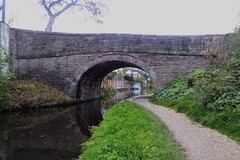 Bridge No26, Disley.   (Peak Forest Canal) October 2018 (dave_attrill) Tags: peakforest canal disley bridge redhouselane towpath peakdistrict cheshire october 2018