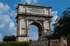 Arco de Tito (Roma, Italia) (JCMCalle) Tags: tito emperador foro roma italia ciudad city landscape paisaje jcmcalle photohoot fhotografy photofrapher nofilter naturephotography nofilters ruinas arco cielo