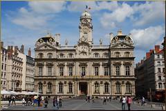 Ayuntamiento de Lyon (Francia, 24-7-2011) (Juanje Orío) Tags: francia lyon 2011 france europa europe europeanunion unióneuropea ayuntamiento townhall plaza patrimoniodelahumanidad worldheritage