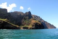 Rugged Kauai coast (kahunapulej) Tags: lucky lady catamaran tour kauai na pali coast snorkel trip boat cliffs north shore