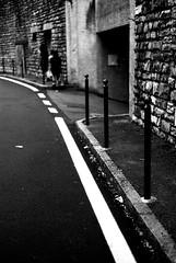 Wall, line and people (Leica M6) (stefankamert) Tags: stefankamert walktheline line wall people film analog grain blur textures highcontrast leica m6 leicam6 summicron dr dualrange kodak trix bellagio italy blackandwhite blackwhite noir noiretblanc street