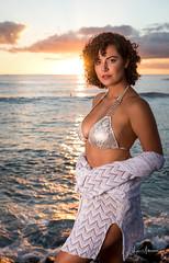 Raissa @ Ala Moana Beach Park 05 (JUNEAU BISCUITS) Tags: sunset model femalemodel swimwear swimsuit bikini portrait portraiture nikon hawaii hawaiiphotographer brazilianmodel beauty brazil glamour