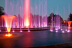 Fountain Night Lights (misi212) Tags: long exposure fountain night lights